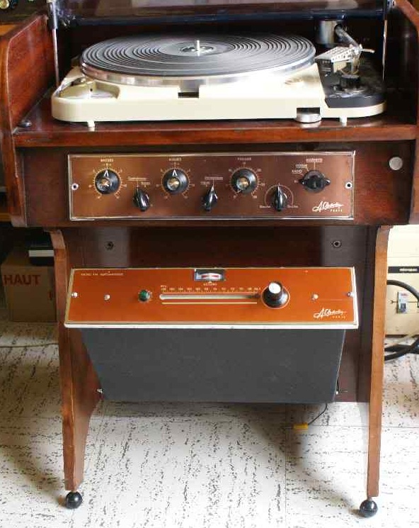 Restauration ampli charlin for Meuble pour platine vinyle